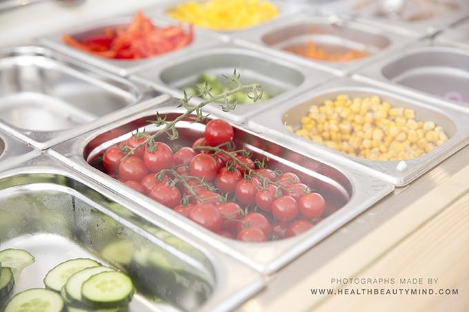 the salad bar27_MG_4602